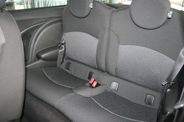 4745d-car-mini-one-4