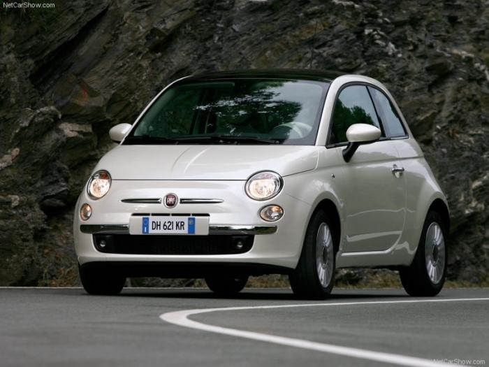 Fiat-500_2008_800x600_wallpaper_0e
