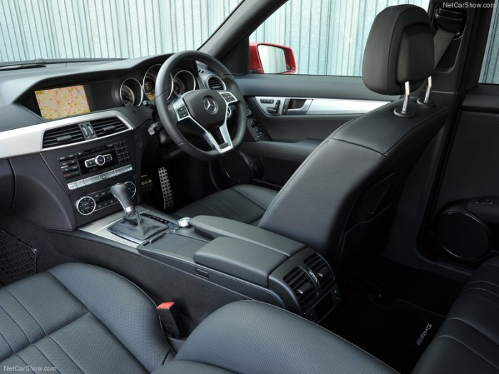 Mercedes-Benz-C-Class_Estate_2012_800x600_wallpaper_63